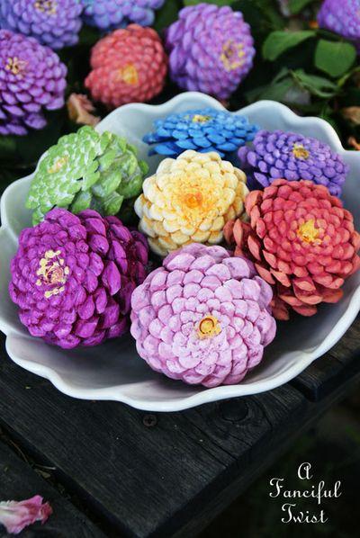 afancifultwist.typepad.com - zinnia flower pinecones