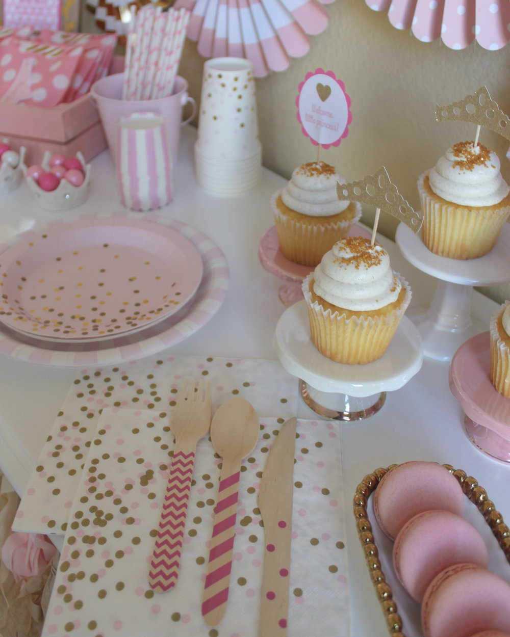 Welcome Little Princess Tableware - OhSoFancyParty