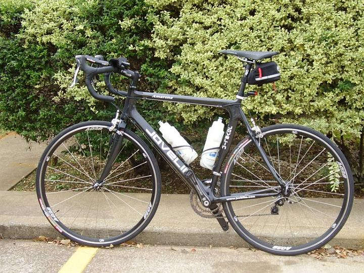 Christmas came early for Steve this year. It's a new carbon fiber Javelin road bike!