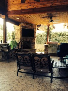 outdoor-kitchen-dallas-platinum-fence-and-patio