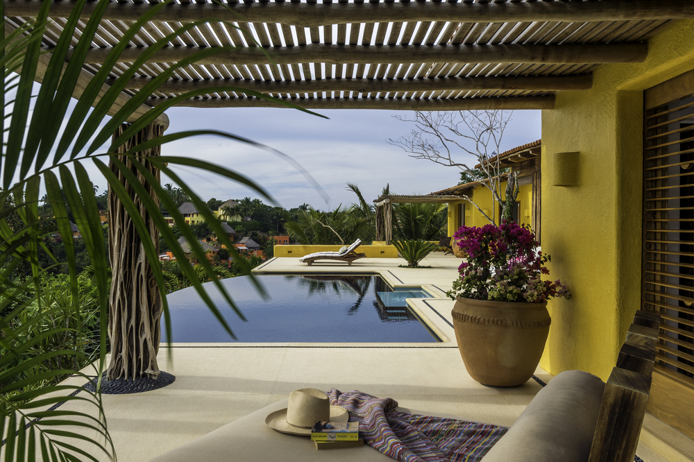 Costa Careyes.Private Villa.Aries.Infinity Pool.jpg
