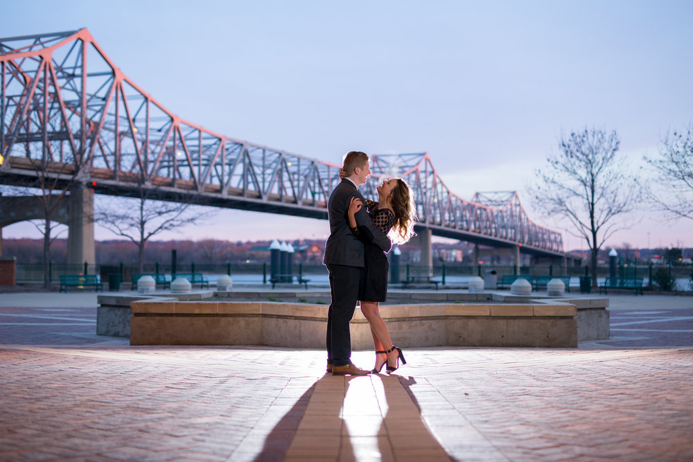 peoria illinois bloomington normal engagement pictures peoria riverfront wedding photographer-18.jpg