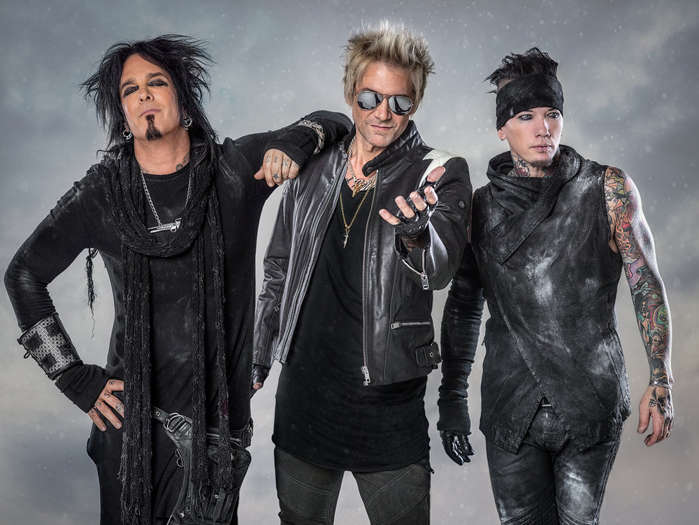 New Sixx:A.M. Radio Special Hosted by Shinedowns Brent