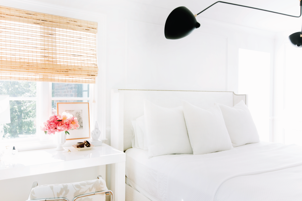 source: bamboo blinds, white bedding, photography by: leslee mitchell
