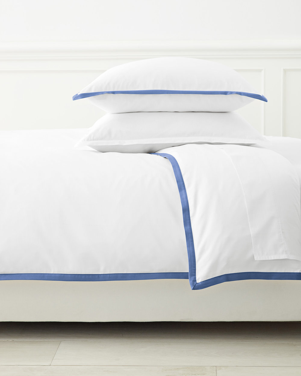 Duvet_Border_Frame_French_Blue_MV_Crop_BASE.jpg