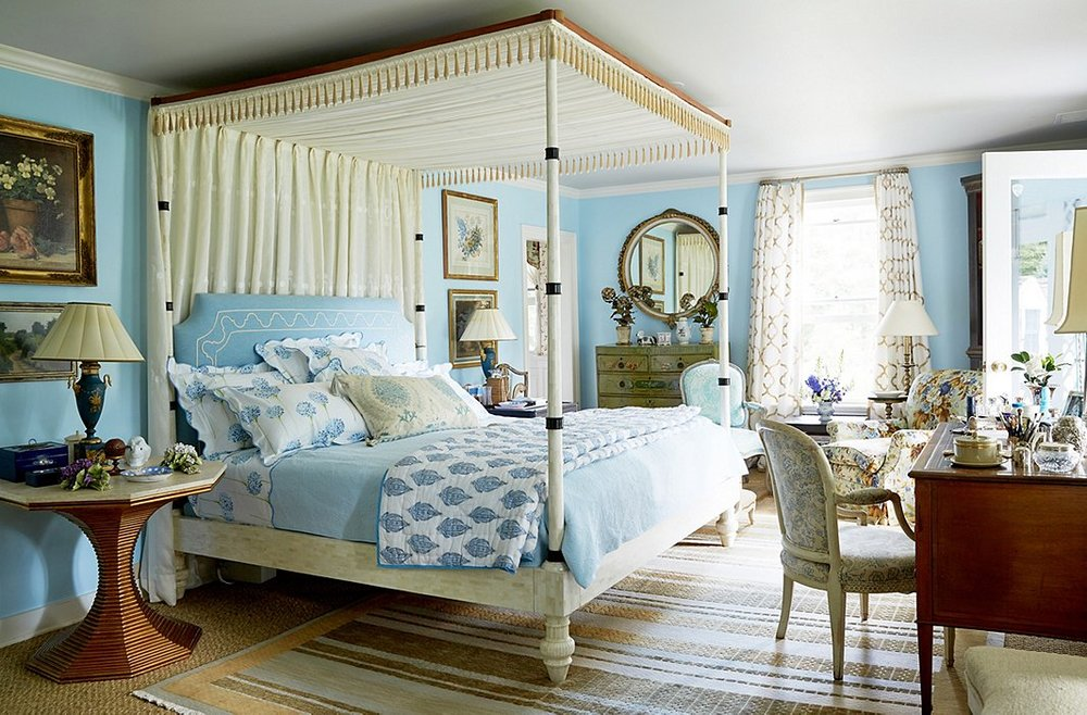 the bedroom of designer  bunny williams  via  one kings lane .