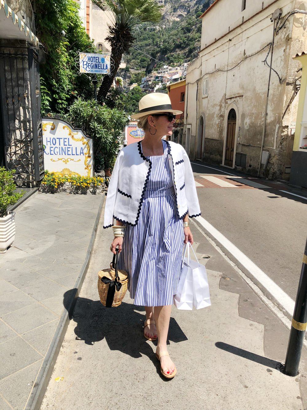 strolling the streets of positano!