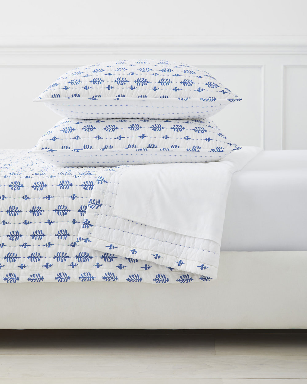 Quilt_Cambria_French_Blue_MV_0698_Crop_BASE.jpg