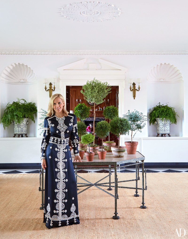 photo via Architectural Digest,  Sylvia Gown