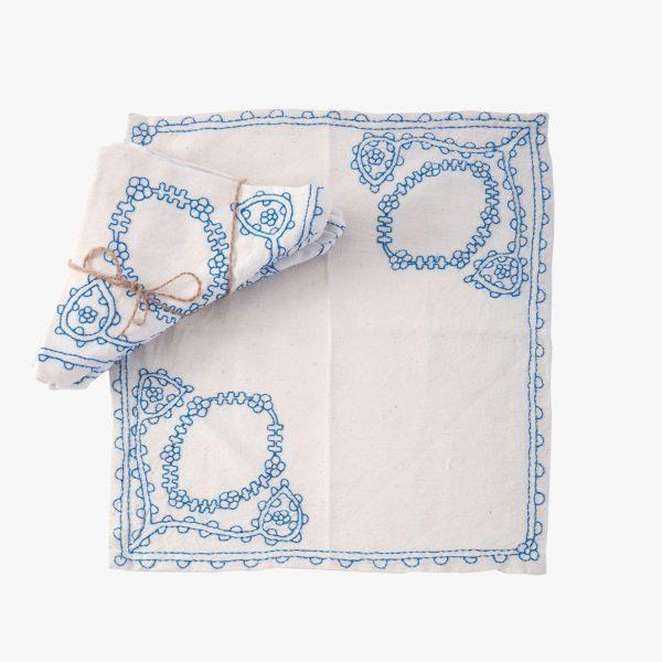 Blue-Floral-Embroidered-Napkins-600x600.jpg