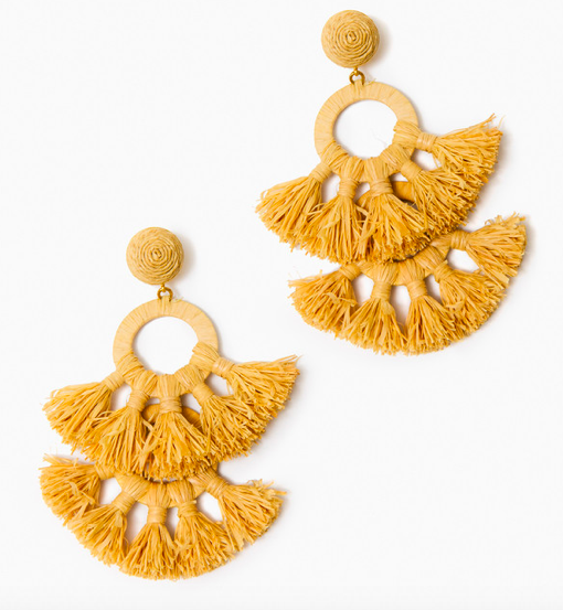we love these  textured raffia earrings !
