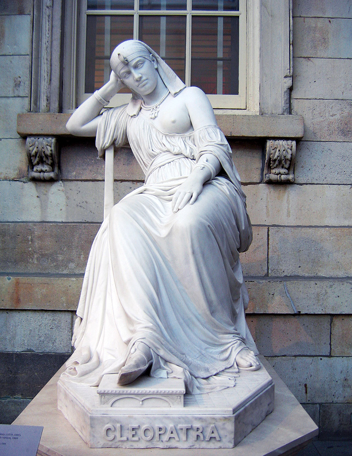 Cleopatra sculpture by William Wetmore.