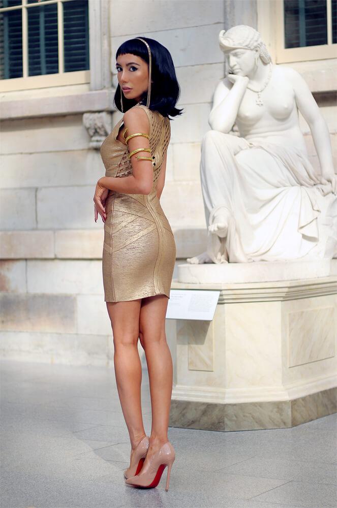 Ulia Ali as Cleopatra wearing Louboutins at the MET