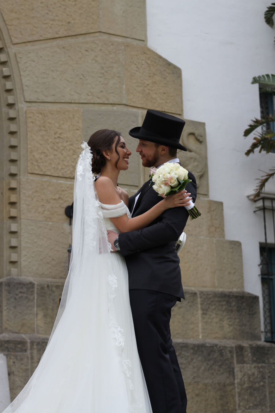 Santa Barbara Wedding Ceremony. Courthouse, Montesito