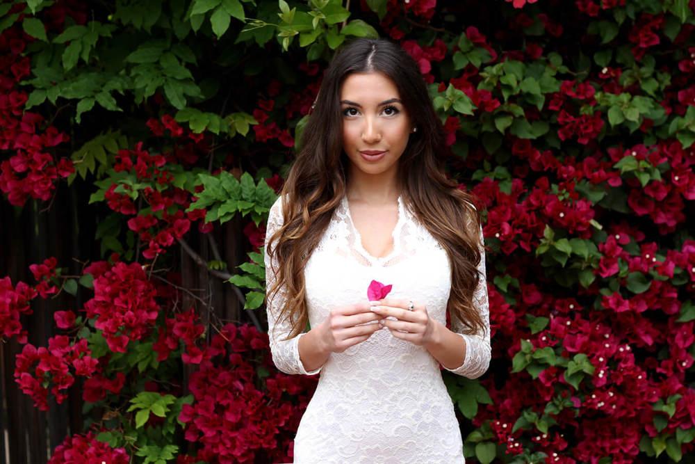 Blogger Ulia Ali in white lace dress for her blog Pastiche Today