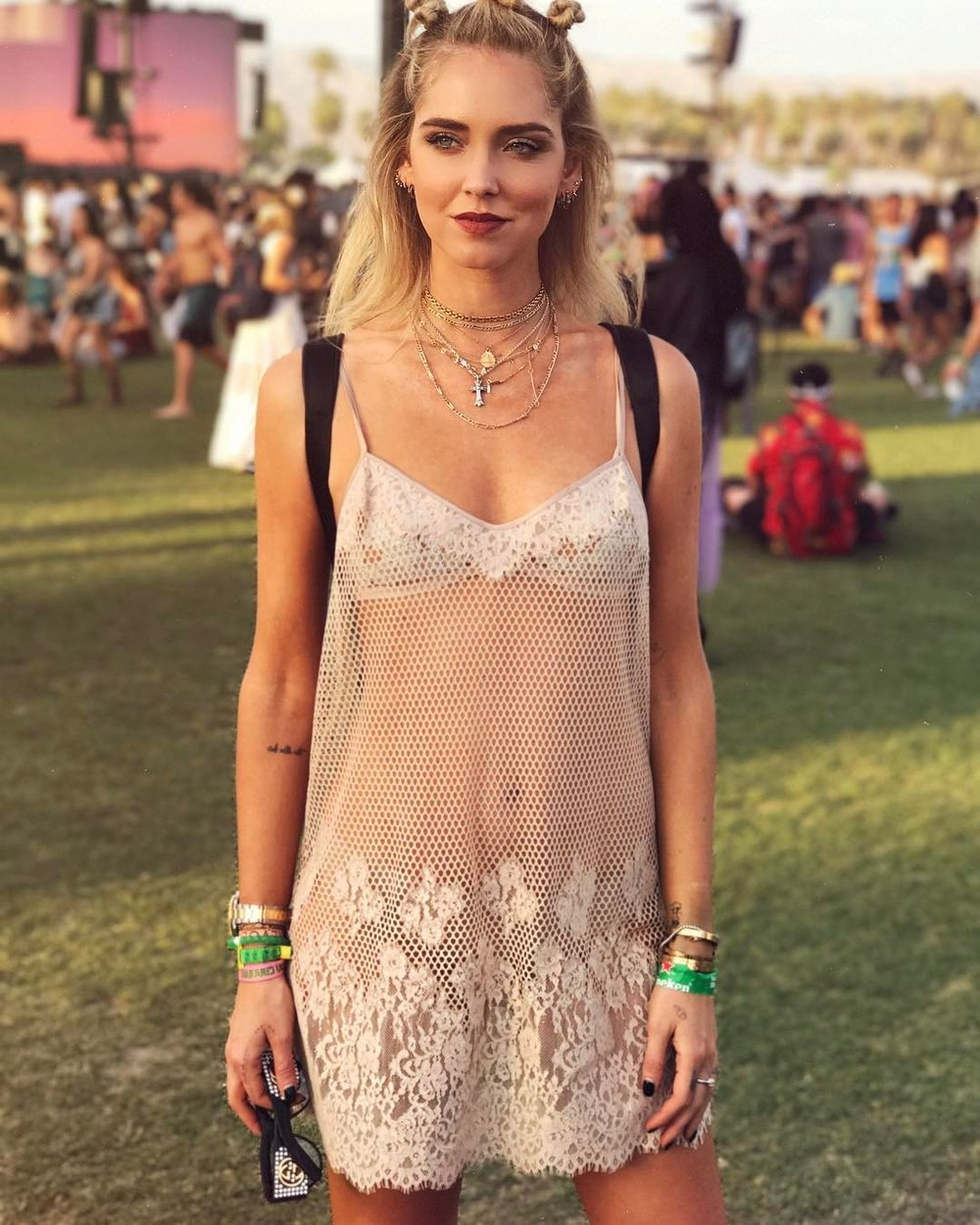 Chiara Ferragni in a very cute dress enjoying Coachella 2017.