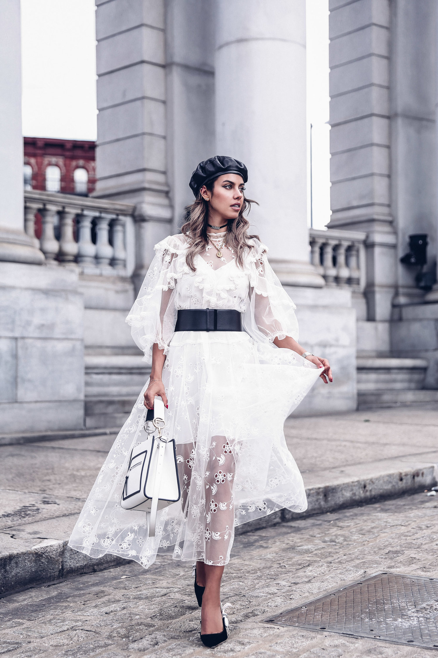 e3d85273ecd2b One of the most beautiful fashion bloggers, Anabelle Fleur , looks amazing  in this white