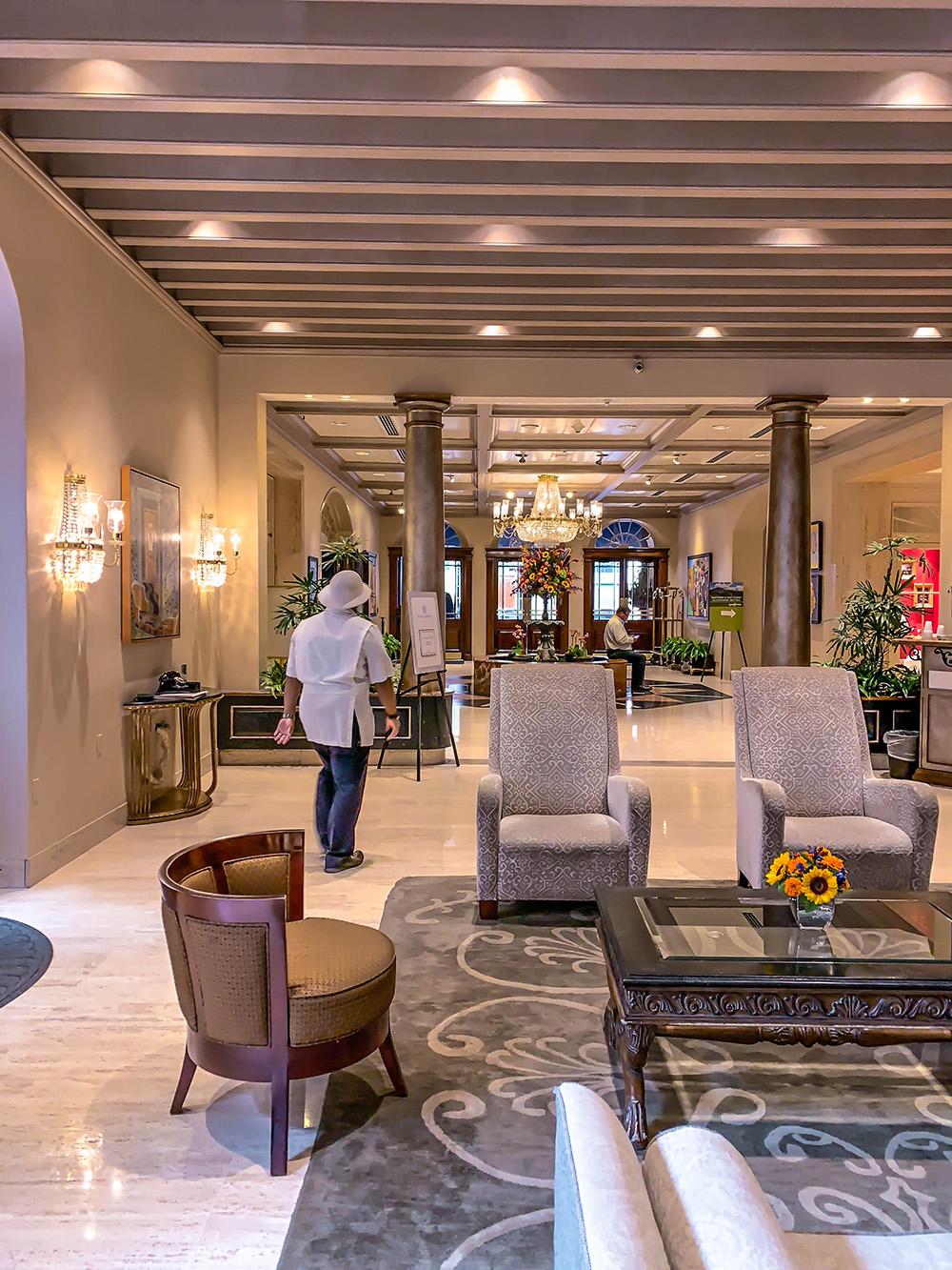 reception-nola-sonesta-hotel.jpg