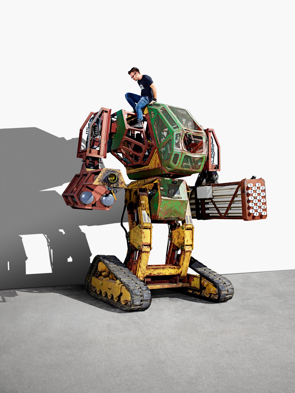 Matt Oehrlein with the Mark III at the MegaBots headquarters. Oakland, CA.