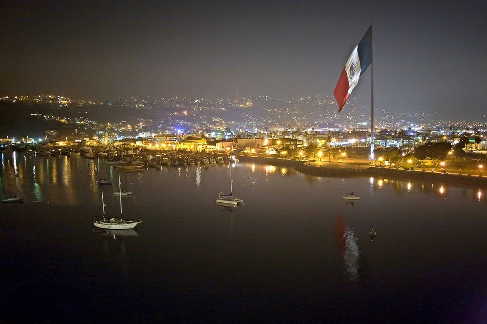 Ensenada-mexico-night-flag-sm.jpg