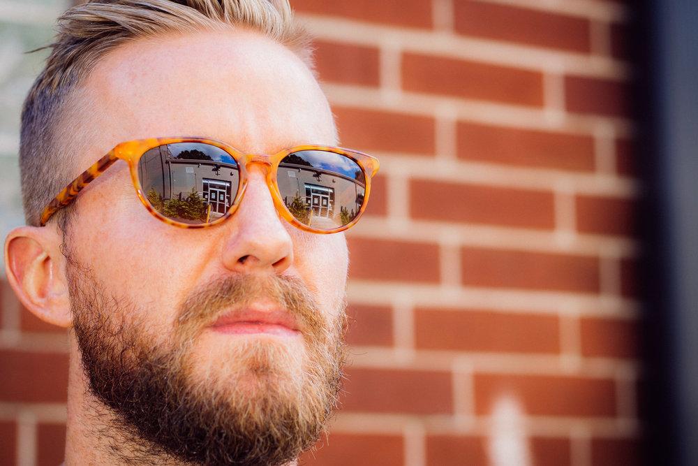 polarized_sunglasses