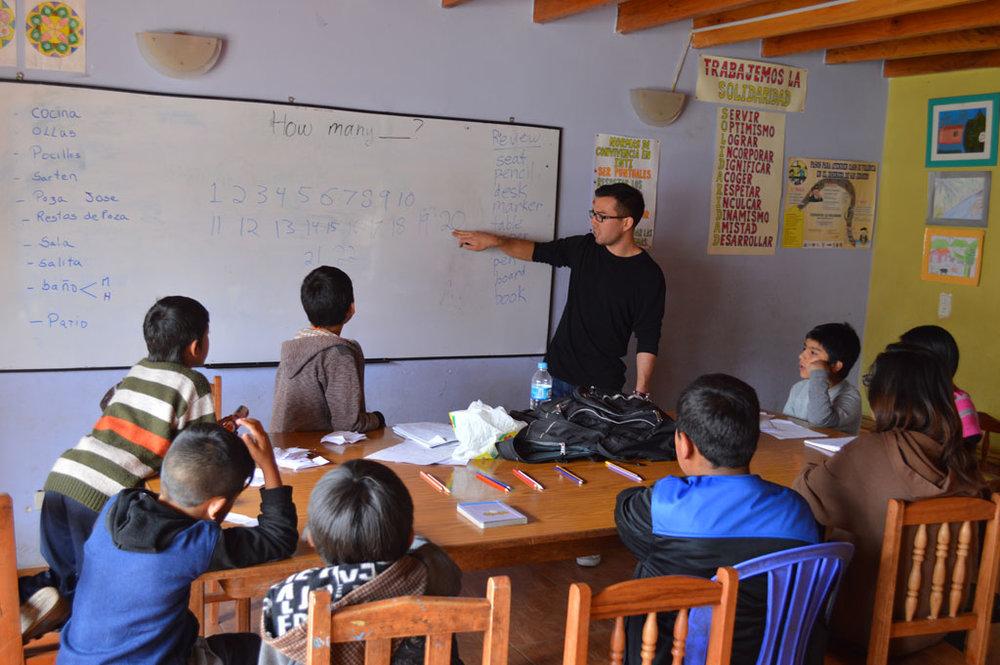 volunteer-teaching-english-abroad.jpg