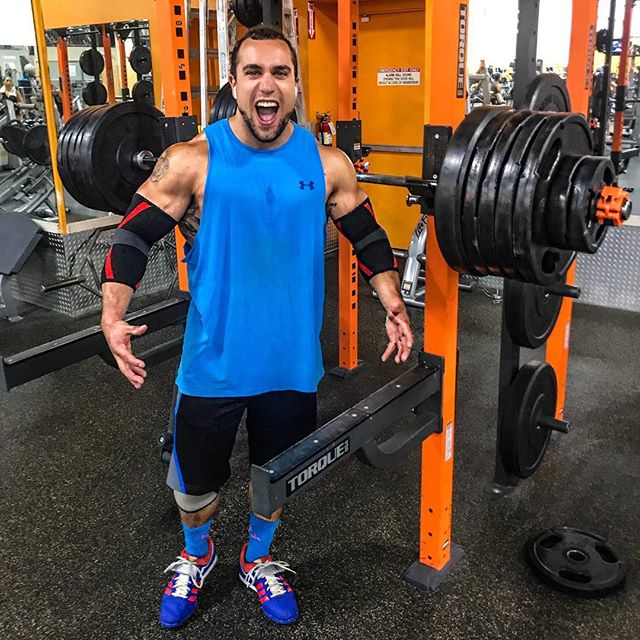 New 535 lb squat PR!!! I'm so hyped. Can't wait to put this whole max week on YouTube. OHP & deadlifts next on the 'ima fuck you up' list 😜 No limits!!