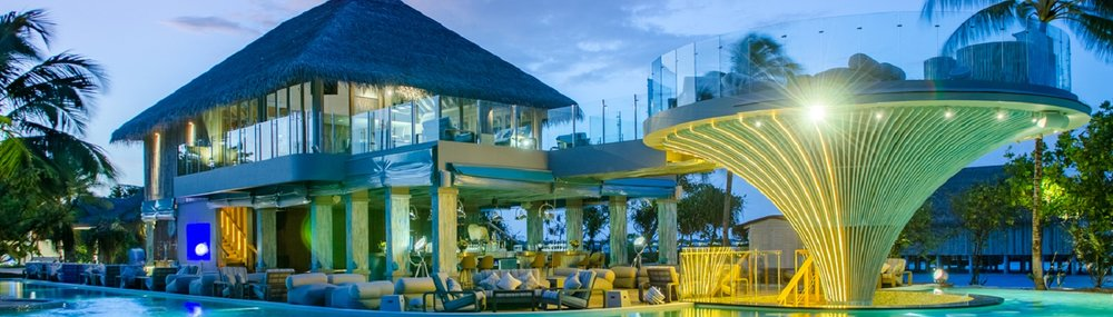 Enjoy a cocktail or two at Finolhu 1 Oak Beach Club