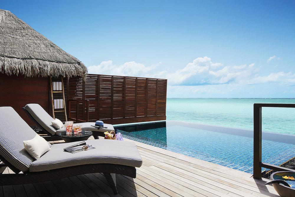 54639045-H1-One_Bedroom_Ocean_Suite_with_Pool_-_Deck___Pool.jpg