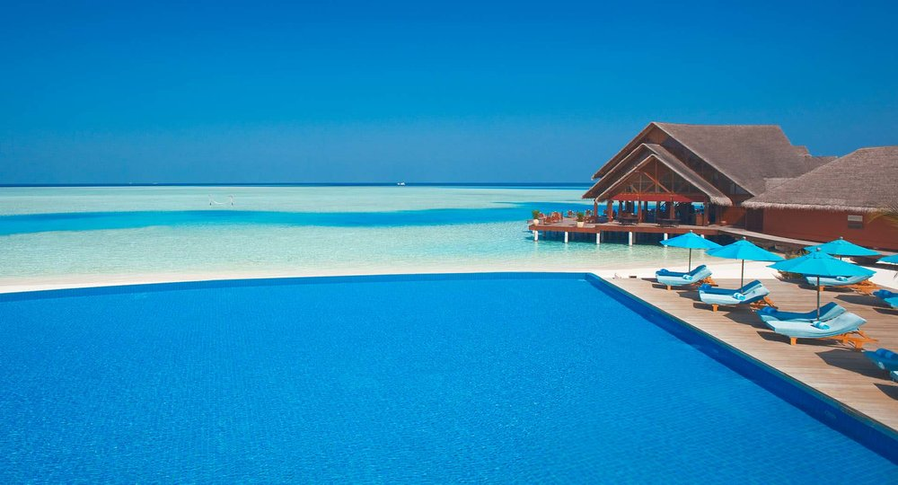 anantara_dhigu_maldives_infinity_poo_1920x1037l.jpg
