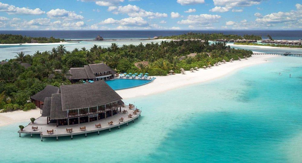 anantara_dhigu_maldives_lagoon_aerial_1920x1037.jpg