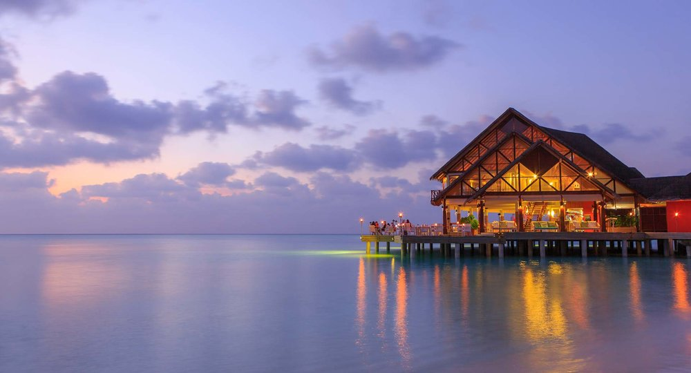 anantara_dhigu_maldives_sea_fire_salt_at_dusk_1920x1037.jpg