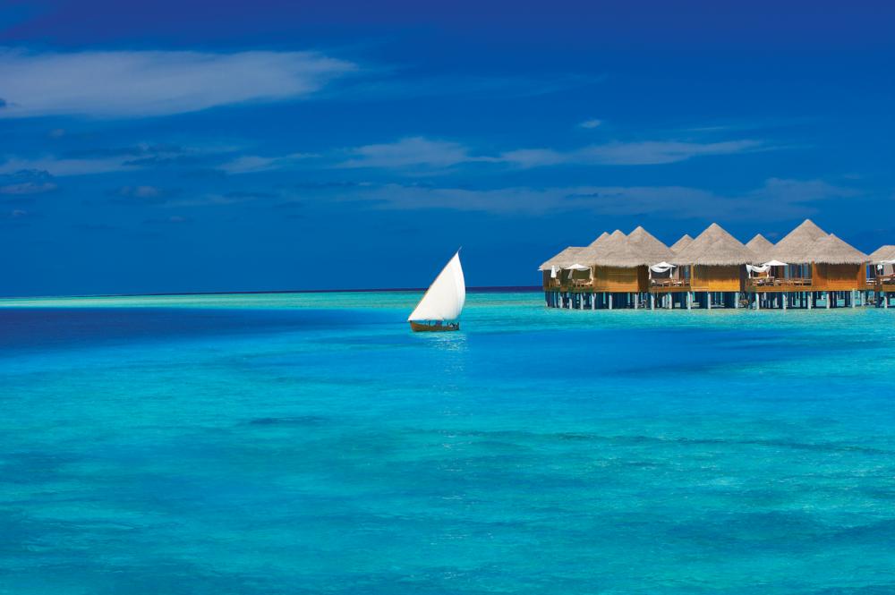 ©Baros-Maldives_WV-Exterior-&-Dhoni_HR-1 copy.png