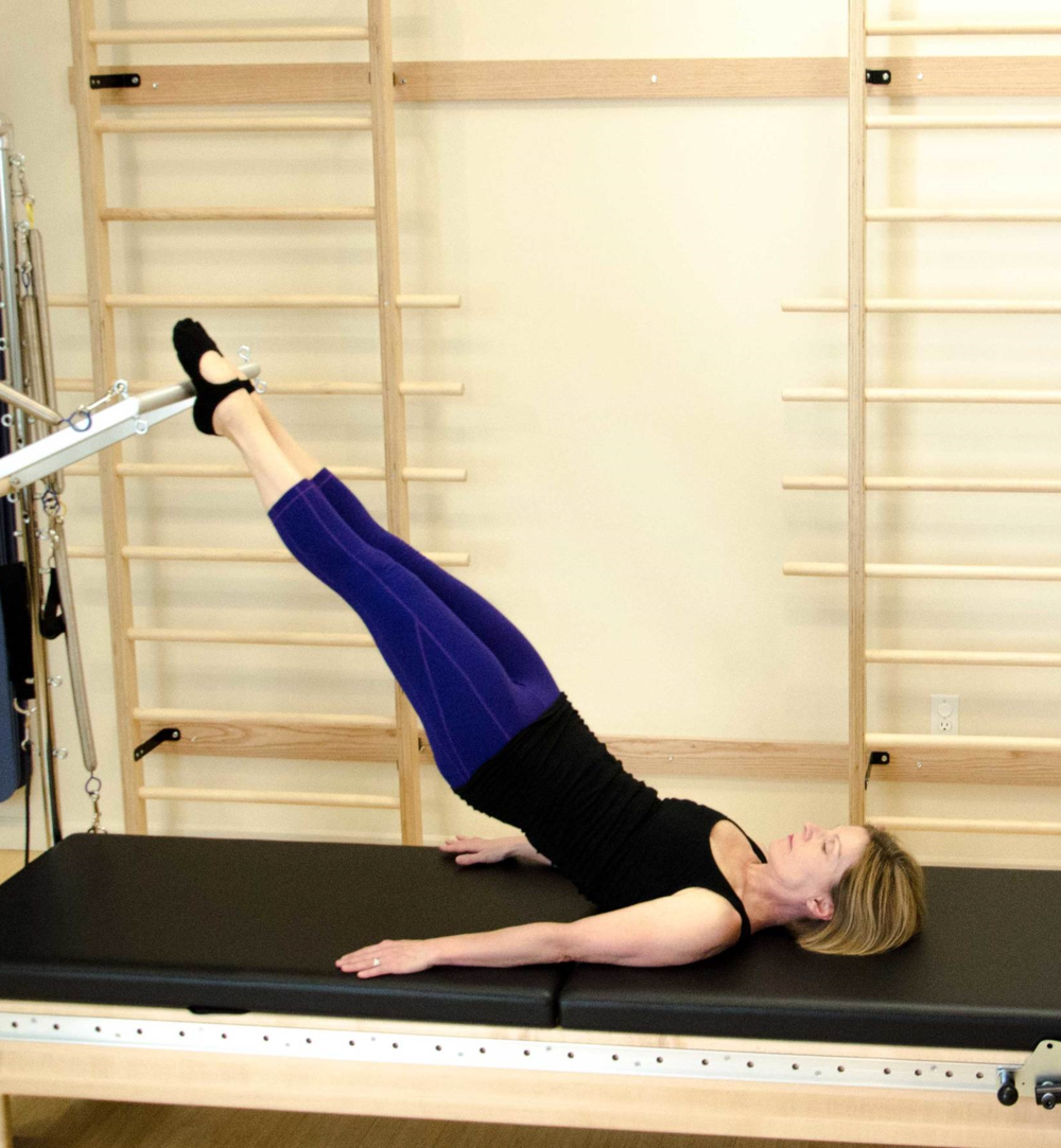 Tower/Reformer combo, Parakeet exercise.
