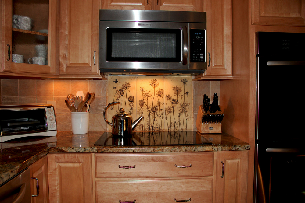 Back splash stove 18x36.jpg