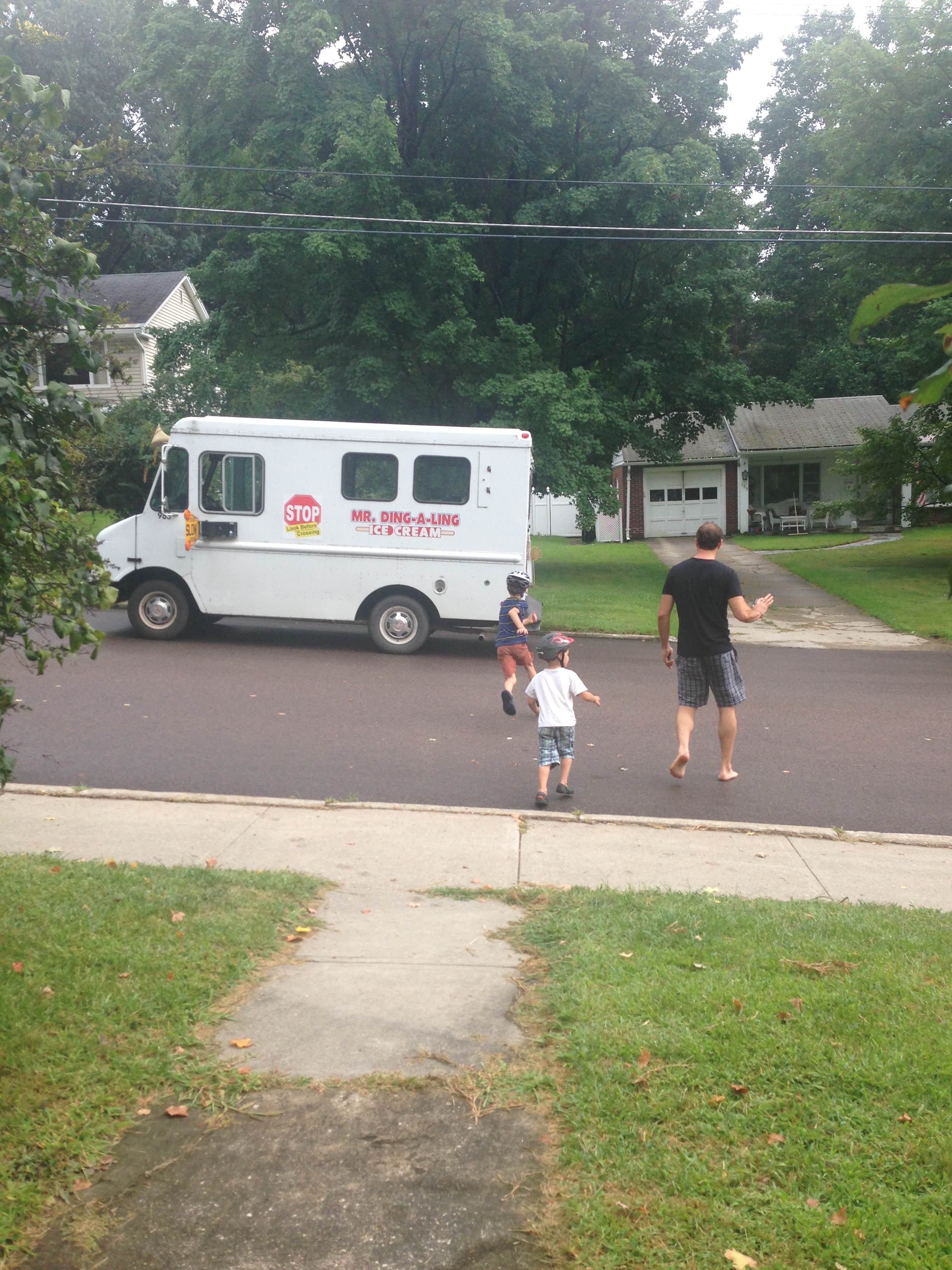 August_IceCreamTruck