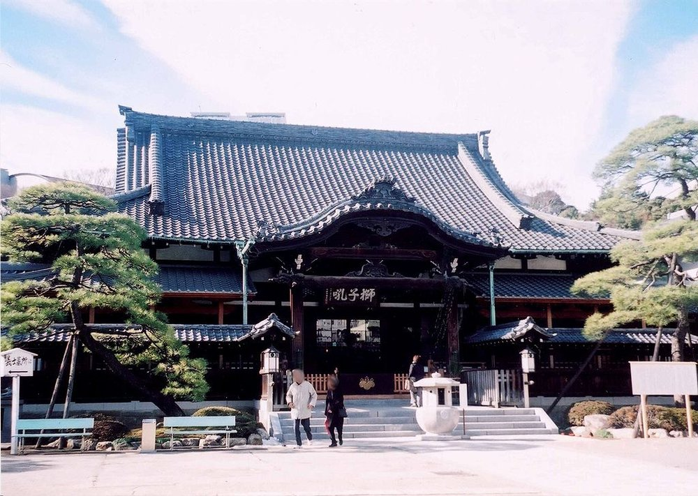 The temple of sengaku-ji, where the fourty seven ronin are buried.