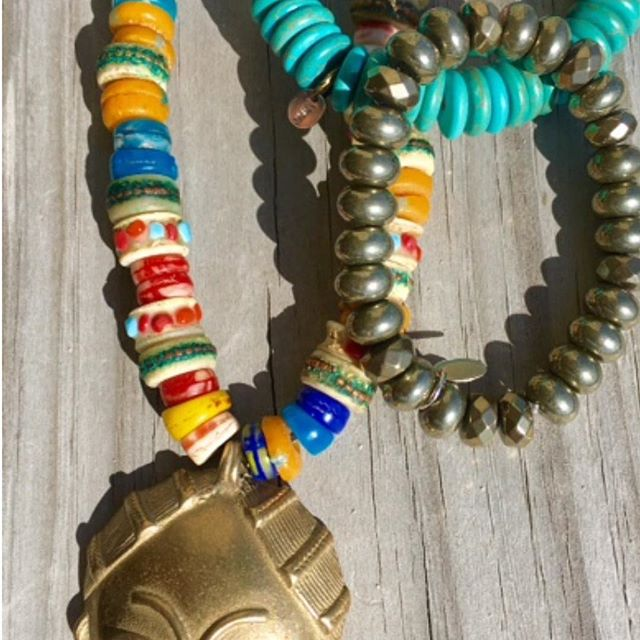 Old Tibetan yak bone beads necklace mix with ancient African trade beads. Bronze Ashanti pendant. Www.mussojewelry.com#handcrafted#luxurious#musso#elegant#paris#abidjan#colorfull#chic#nyc#philly#DNC#convention#woman#mussolovejewelry#💋