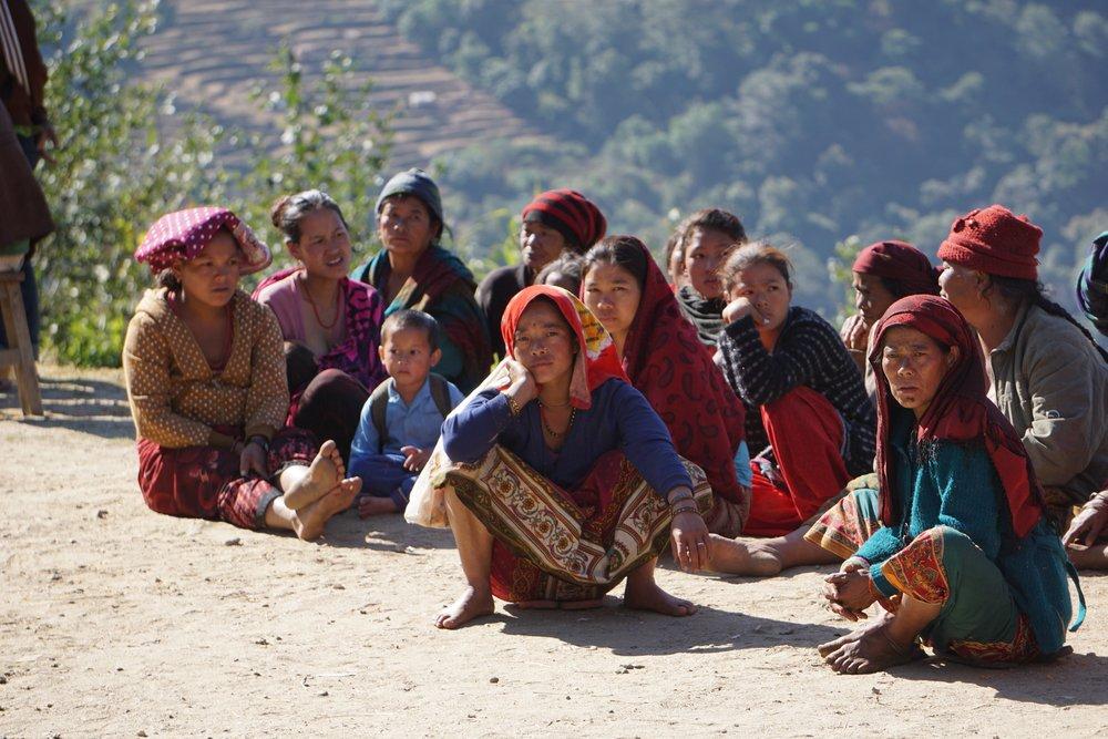 Frauen Nepal.jpg