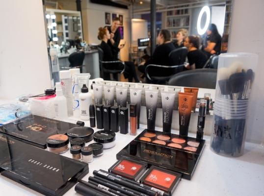 Bridal Makeup Kit 2018