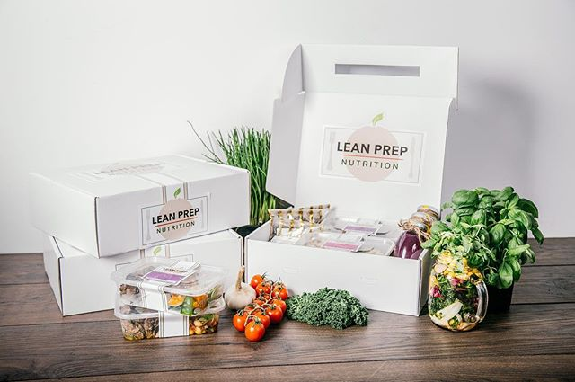 Getting on the January health kick? Did some work with @leanprepnutrition just for Christmas, great way to get into a fitness routine! Check them out 🍅🥦🌽🏃🏼‍♀️ ➖➖➖➖➖➖➖➖➖➖➖➖➖➖➖➖ #EPHOTOGRAPHY #professional #photography #professionalphotographer #food #foodphotography #leanprep #foodprep #lean #gains #leangains #healthy #healthyfood #balancediet #january #canon #mycanon #studiolighting