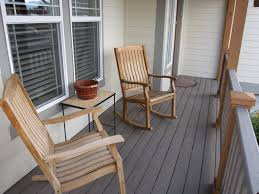 covered front porch.jpg