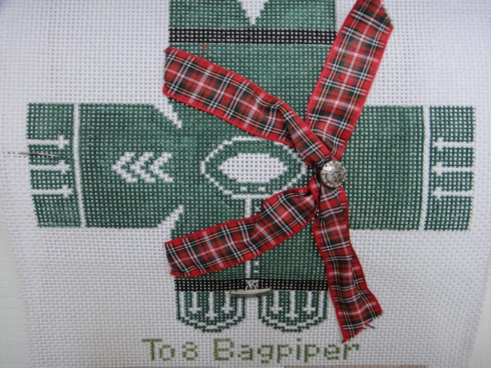 To8 Bagpiper