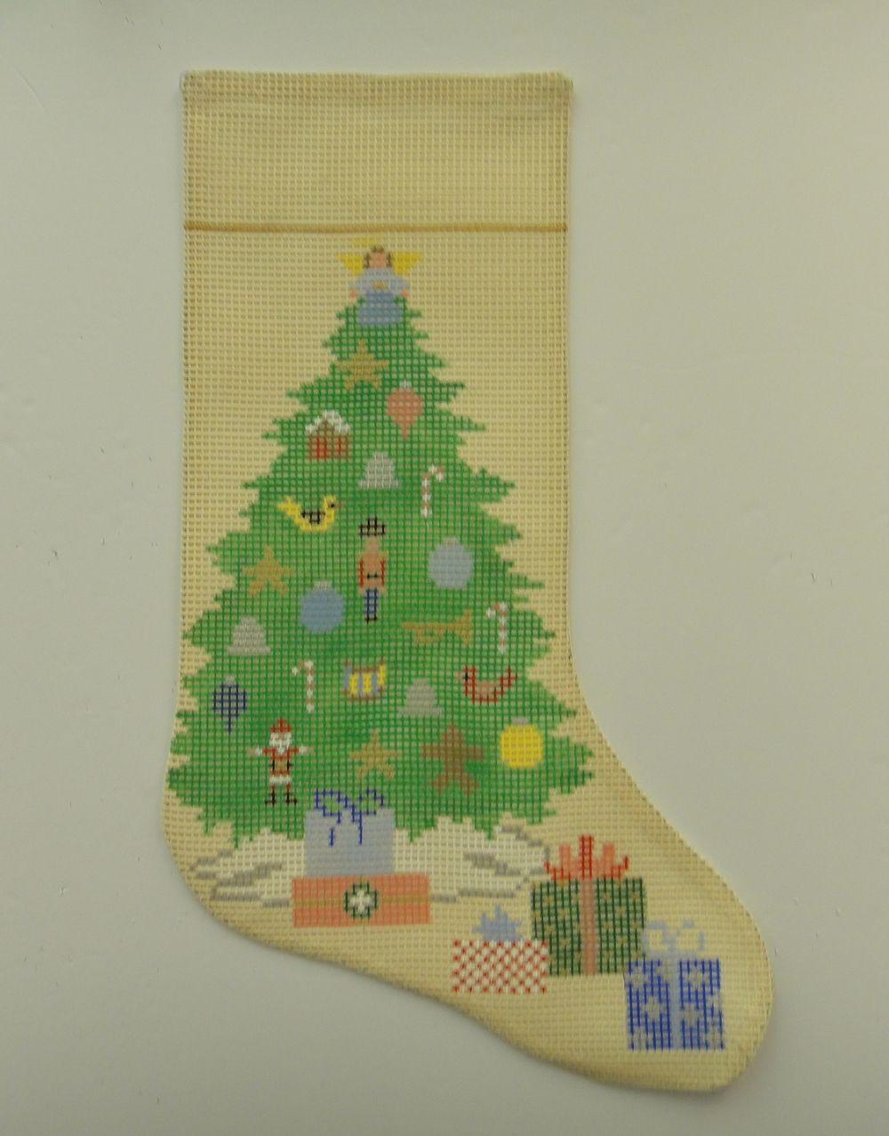 XS6I Christmas Tree