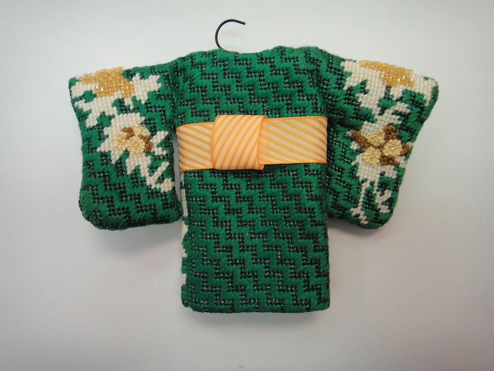 To110 Green Kimono, front
