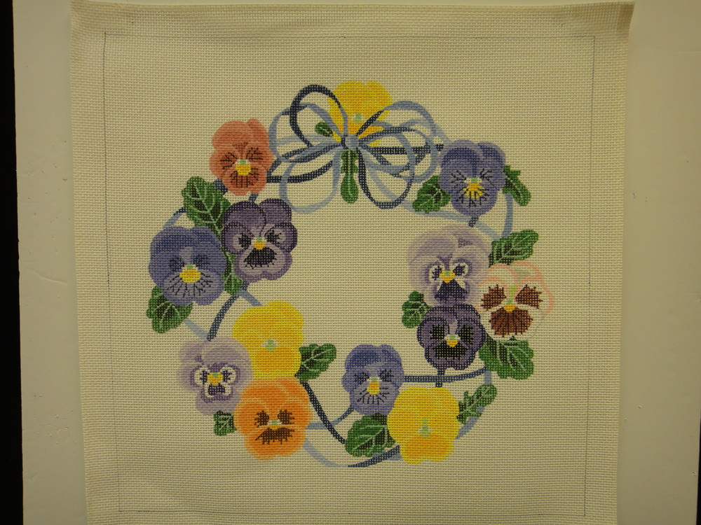 P14 Pansy Wreath