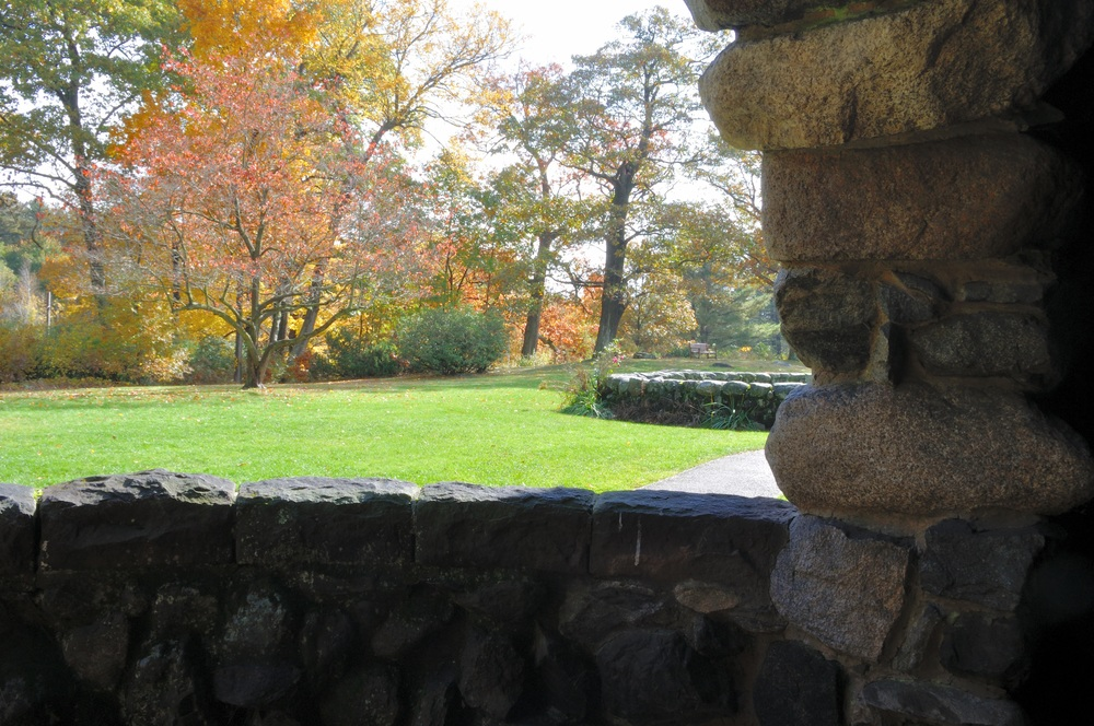 Fall foliage from Stonehurst arch jpeg.jpg