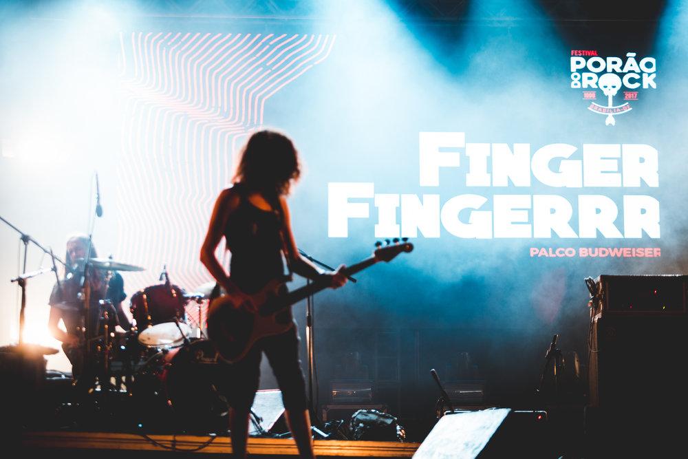 pdr-fingerrr-NQ-1.jpg