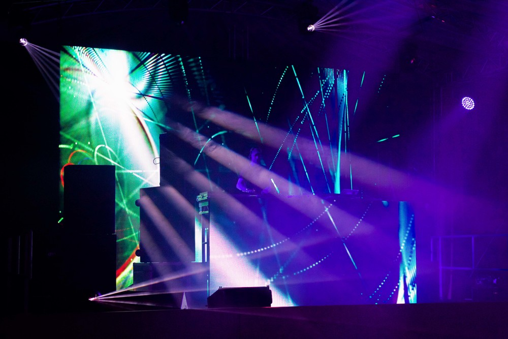 SRD-DJ Fresh-April 16-20.jpg