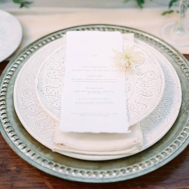 Chatting day-of details with a client today! . Photography @rachaelkoscicaphoto . . . . . #fineartinvitations #bespokestationery #handmadeisbetter #arizonaweddings #arizonawedding #scottsdalewedding #phoenixwedding #mesawedding #custominvitations #solovery #theknotpro #theknotweddings #2019wedding #2018wedding #weddinginvitation #weddingstationery #customweddinginvitations #wsctribe #weddingmenu #weddingtabledecor #dayofdetails